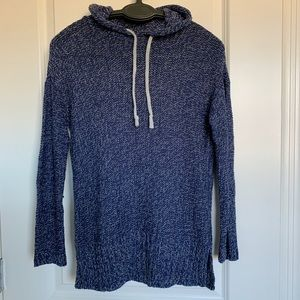 Lightweight blue/gray hooded sweater.
